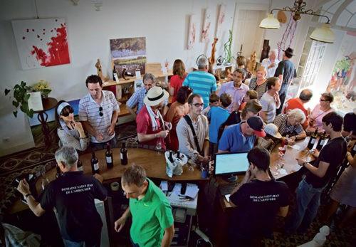 Photo Oenotourisme - Événement - Dégustation - visiteurs caveau